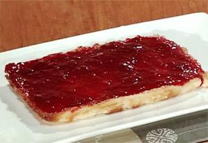 Tarta (Pastel) de Queso con Mermelada de Fresa