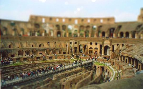 falsas Miniaturas Coliseo Romano