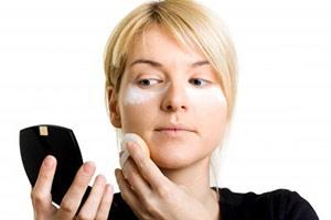 Usa correctores para disimular imperfecciones de la piel