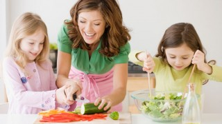 Los Padres Tienen una Influencia Positiva en la Nutrición de sus Hijos