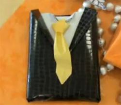 regalo en forma de traje